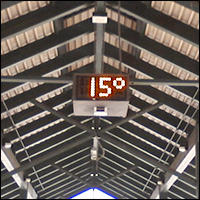Bus Station Digital Temperature - cold outside